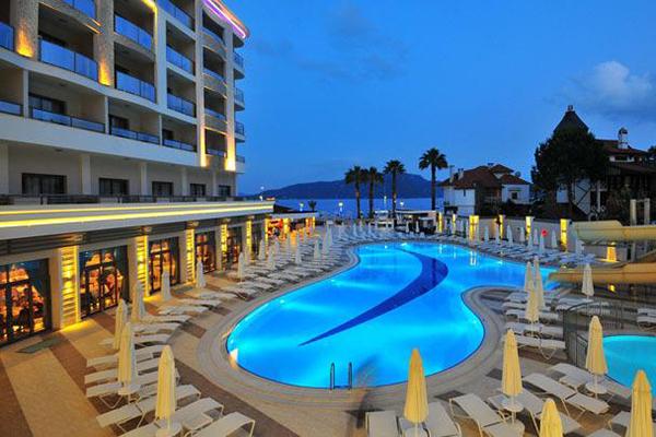 Golden Rock Beach Hotel 600x400