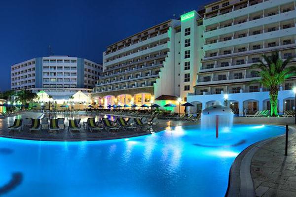 Hotel Batihan Beach Resort 600x400