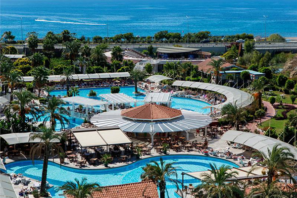 Hotel Crystal Admiral Hotels Suites & Spa 600x400