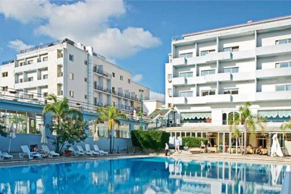 Hotel Santa Lucia E Le Sabbie D'Oro 600x400